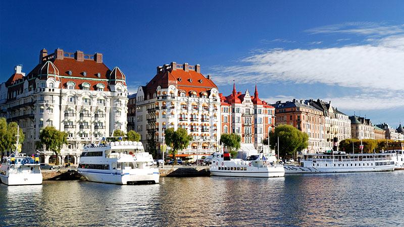 Info om Stockholms hoteller – standard og kundegruppe - Stockholm er en relativt stor by i Skandinavisk sammenheng, og med et stort antall turister og andre besøkende som kontinuerlig strømmer til, har det naturlig nok dukket opp…