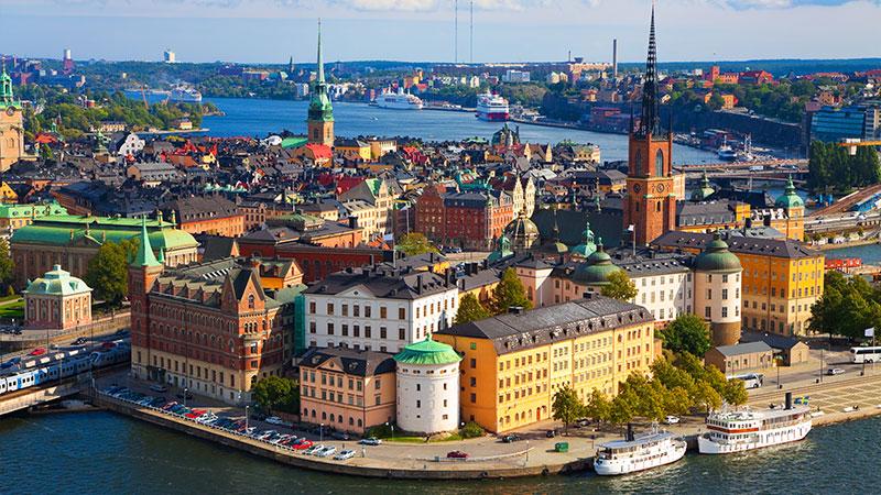 Info om overnatting - Det er forholdsvis enkelt å finne gode overnattingsmuligheter i Stockholm og alt fra de enkleste innkvarteringene som for eksempel vandrehjem og hostels til de mest luksuriøse hoteller finnes i…