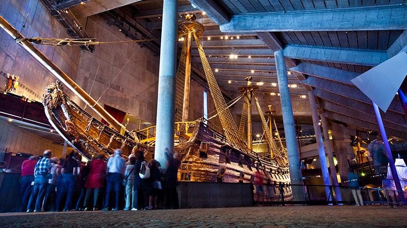 Vasamuseet – svenskenes stolthet - De fleste har vel fått med seg historien om svenskenes store stolthet, orlogskipet Vasa, som sank rett til bunns kun noen få meter fra bryggekanten, rett etter sjøsettingen. En…