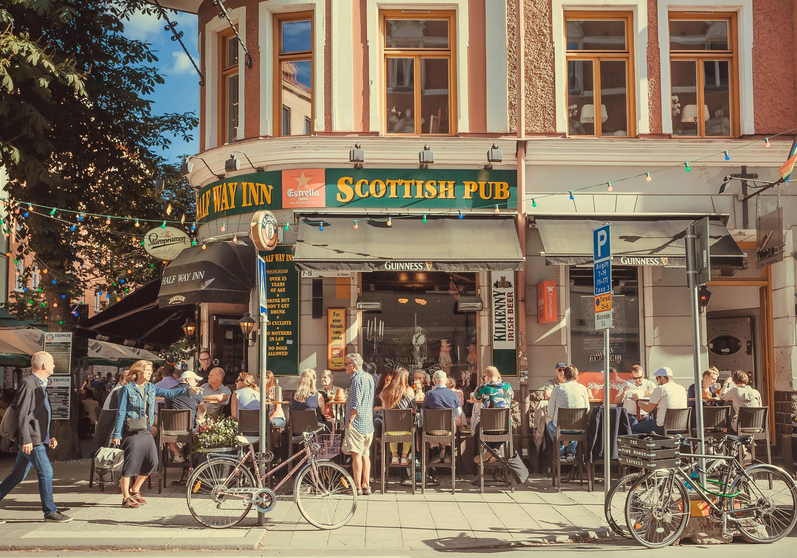 uteliv utesteder jentetur venninnetur Stockholm Sverige