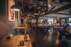 aldersgrense uteliv nattklubber puber Sverige Stockholm regler